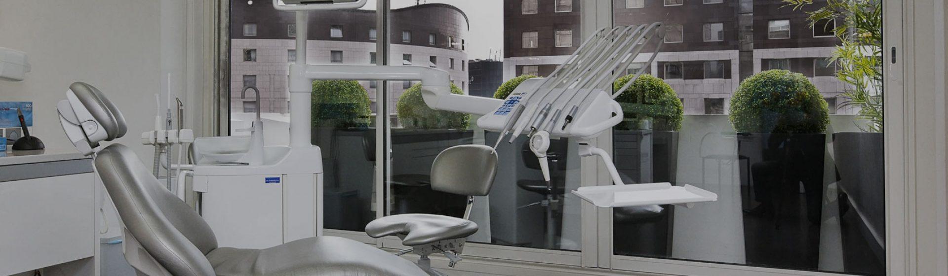 Chirurgie dentaire : que faut-il savoir de la carie dentaire ?